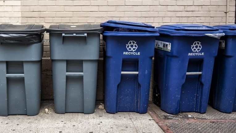 Helpful Tips for Encouraging Recycling Among Apartment Complex Tenants